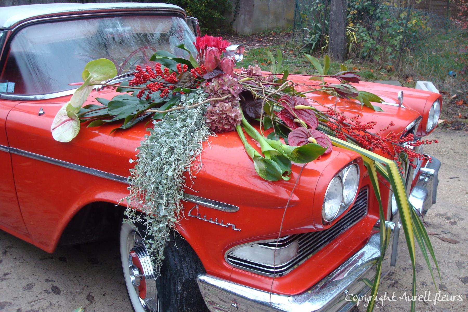 voiture capot avant 4 à Saint-Jean-de-Braye | Aurell fleurs