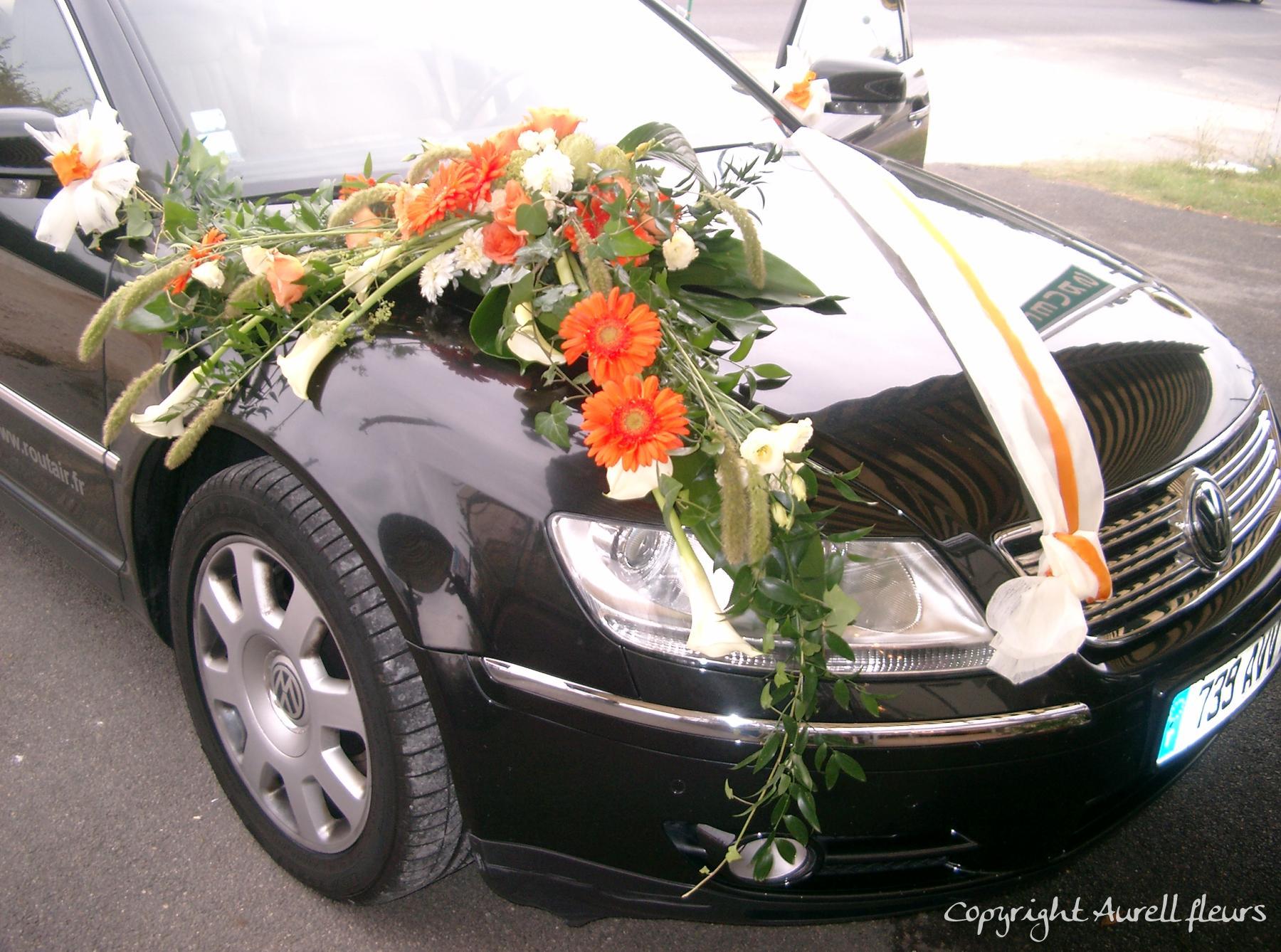 voiture capot avant 7 à Saint-Jean-de-Braye | Aurell fleurs